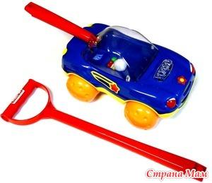 Чужой ребенок ломает вашу игрушку. Как правильно реагировать?