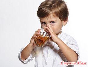 Квас детям и родителям: стоит ли его пить?