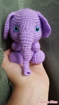 Слонёнок игрушка
