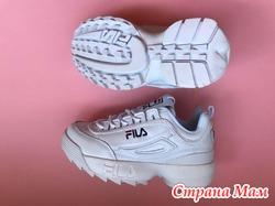 Продаю кроссовки Fila Disruptor 2