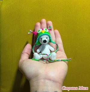 38e0806db3d5 Хочу представить вашему вниманию, маленького мишку в шапочке сова. Рост  этого малыша 8см. Связан из пряжи Ирис. Шапочка съёмная.