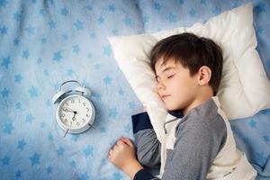 Какой матрас выбрать для кровати школьника?