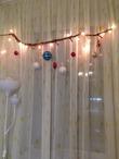Сосновая ветка - подвес для новогодней гирлянды и игрушек